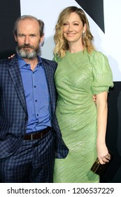 """LOS ANGELES - OCT 17:  Toby Hoss, Judy Greer at the """"Halloween"""" Premiere at the TCL Chinese Theater IMAX on October 17, 2018 in Los Angeles, CA"""