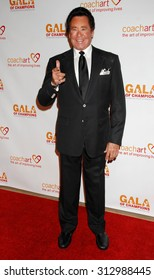 LOS ANGELES - OCT 17:  Wayne Newton arrives at the CoachArt 2013 Gala of Champions  on October 17, 2013 in Beverly Hills, CA