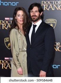 """LOS ANGELES - OCT 20:  Eoin Macken arrives to the """"Doctor Strange"""" World Premiere on October 20, 2016 in Hollywood, CA"""