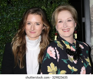 "LOS ANGELES - OCT 20:  Grace Gummer, Meryl Streep at the ""Suffragette"" LA Premiere at the Samuel Goldwyn Theater on October 20, 2015 in Beverly Hills, CA"