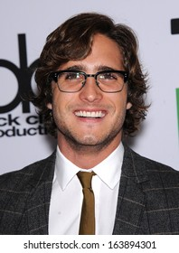 LOS ANGELES - OCT 21:  Diego Boneta arrives to Hollywood Film Awards Gala 2013  on October 21, 2013 in Beverly Hills, CA