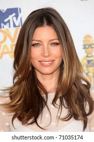 LOS ANGELES - OCT 23:  JESSICA BIEL arrives to the 2010 MTV Movie Awards  on June 06,2011 in Los Angeles, CA