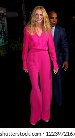 """LOS ANGELES - OCT 24:  Julia Roberts at the """"Homecoming"""" Premiere Screening at the Village Theater on October 24, 2018 in Westwood, CA"""