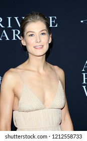 "LOS ANGELES - OCT 24:  Rosamund Pike at the ""A Private War"" Premiere at the Samuel Goldwyn Theater on October 24, 2018 in Beverly Hills, CA"