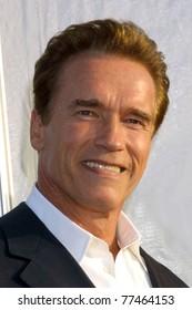 LOS ANGELES - OCT 25:  Arnold Schwarzenegger arriving at the Dream Halloween Benefit 2003 at Barker Hanger on October 25, 2003 in Santa Monica, CA