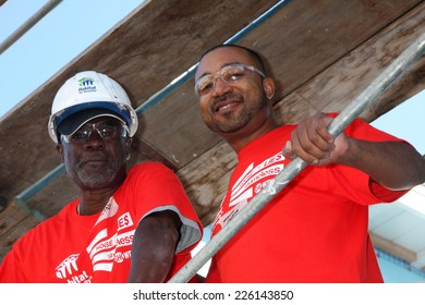 "LOS ANGELES - OCT 25:  Glynn Turman, Theo Travers at the Habitat for Humanity build by Showtime's ""House of Lies"" and Shameless at Magnolia Blvd on October 25, 2014 in Lynwood, CA"