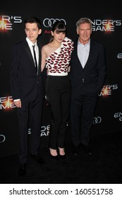 """LOS ANGELES - OCT 28:  Asa Butterfield, Hailee Steinfeld, Harrison Ford at the """"Ender's Game"""" Los Angeles Premiere at TCL Chinese Theater on October 28, 2013 in Los Angeles, CA"""