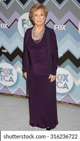 LOS ANGELES - OCT 4:  Cloris Leachman arrives at the 2013 FOX Winter TCA All Star Party  on January 8, 2013 in Pasadena, CA