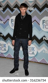 LOS ANGELES - OCT 4:  DJ Qualls arrives at the 2013 FOX Winter TCA All Star Party  on January 8, 2013 in Pasadena, CA