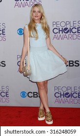LOS ANGELES - OCT 4:  Kathryn Newton arrives at the 2013 Peoples Choice Awards  on January 9, 2013 in Los Angeles, CA