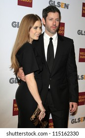 LOS ANGELES - OCT 5:  Amy Adams, Darren Le Gallo arrives at the 8th Annual GLSEN Respect Awards at Beverly Hills Hotel on October 5, 2012 in Beverly Hills, CA