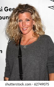 """LOS ANGELES - OCT 9:  Laura Wright arrives at the """"Evening WIth the Stars 2010"""" benefit for the Desi Geestman Foundation at Farmer's Market.Theatre on October 9, 2010 in Los Angeles, CA"""