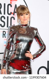 LOS ANGELES - OCT 9:  Taylor Swift at the 2018 American Music Awards at the Microsoft Theater on October 9, 2018 in Los Angeles, CA