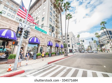 LOS ANGELES - OCTOBER 15, 2015: view of Wilshire Blvd, next to Rodeo Drive in Beverly hills. The area is home to the most high-class stores of the region.