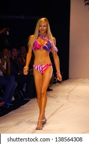 Los Angeles October 30 Nikki Ziering At The Susan Holmes Fashion Show As Part