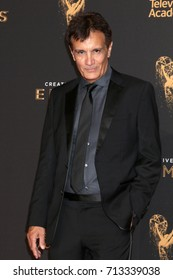 LOS ANGELES - SEP 10:  Gary Lionelli at the 2017 Creative Arts Emmy Awards - Arrivals at the Microsoft Theater on September 10, 2017 in Los Angeles, CA