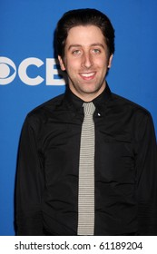 LOS ANGELES - SEP 16:  Simon Helberg arrives at the CBS Fall Party 2010 at The Colony on September 16, 2010 in Los Angeles, CA