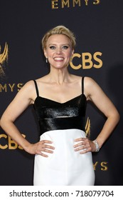 LOS ANGELES - SEP 17:  Kate McKinnon at the 69th Primetime Emmy Awards - Arrivals at the Microsoft Theater on September 17, 2017 in Los Angeles, CA