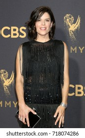 LOS ANGELES - SEP 17:  Neve Campbell at the 69th Primetime Emmy Awards - Arrivals at the Microsoft Theater on September 17, 2017 in Los Angeles, CA