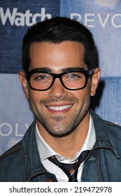 LOS ANGELES - SEP 18:  Jesse Metcalfe at the People Stylewatch Hosts Hollywood Denim Party at The Line on September 18, 2014 in Los Angeles, CA