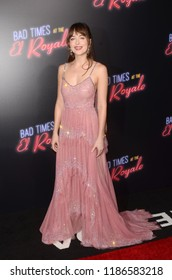 """LOS ANGELES - SEP 22:  Dakota Johnson at the """"Bad Times at the El Royale"""" Global Premiere at the TCL Chinese Theater IMAX on September 22, 2018 in Los Angeles, CA"""