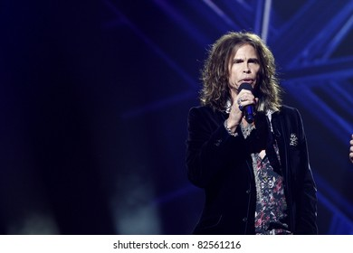 LOS ANGELES - SEP 22: Steven Tyler at an event where the new judges for American Idol (Jennifer Lopez and Steven Tyler) are introduced at the Forum in Los Angeles, CA on September 22, 2010