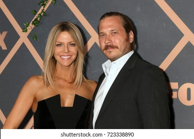 LOS ANGELES - SEP 25:  Kaitlin Olson, Scott MacArthur at the FOX Fall Premiere Party 2017 at the Catch on September 25, 2017 in West Hollywood, CA