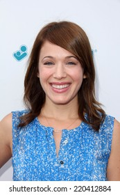 LOS ANGELES - SEP 28:  Marla Sokoloff at the 3rd Annual Red CARpet Safety at Skirball Center on September 28, 2014 in Los Angeles, CA