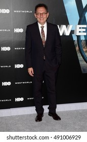 """LOS ANGELES - SEP 28:  Michael Emerson at the HBO's """"Westworld"""" Los Angeles Premiere at the TCL Chinese Theater IMAX on September 28, 2016 in Los Angeles, CA"""