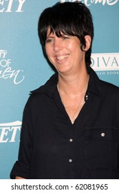LOS ANGELES - SEP 30:  Diane Warren arrives at  Variety's 2nd Annual Power of Women Luncheon at Beverly Hills Hotel on September 30, 2010 in Beverly Hills, CA