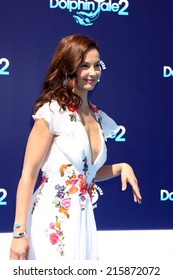 """LOS ANGELES - SEP 7:  Ashley Judd at the """"Dolphin Tale 2"""" Prmiere at Village Theater on September 7, 2014 in Westwood, CA"""