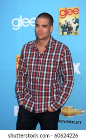 LOS ANGELES - SEP 7:  Mark Salling arrives at the GLEE Premiere Screening & Party - Season 2 at Paramount Studios  on September 7, 2010 in Los Angeles, CA