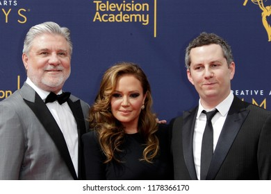 LOS ANGELES - SEP 9:  Mike Rinder, Leah Rimini, Aaron Saidman at the 2018 Creative Arts Emmy Awards - Day 2 - Arrivals at the Microsoft Theater on September 9, 2018 in Los Angeles, CA