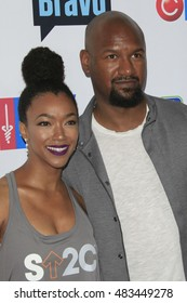 LOS ANGELES - SEP 9:  Sonequa Martin-Green, Kenric Green at the 5th Biennial Stand Up To Cancer at the Walt Disney Concert Hall on September 9, 2016 in Los Angeles, CA