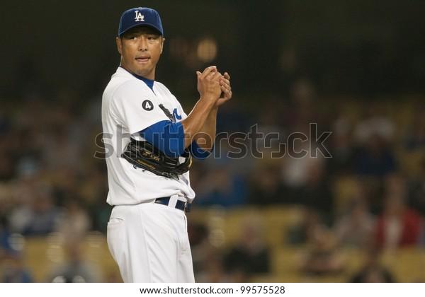 LOS ANGELES - SEPT 22: Los Angeles Dodgers starting pitcher Hiroki Kuroda #18 during the Major League Baseball game on Sept 22, 2011 at Dodger Stadium in Los Angeles, CA