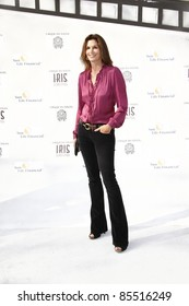 """LOS ANGELES - SEPT 25:  Cindy Crawford arriving at the """"IRIS, A Journey Through the World of Cinema"""" by Cirque du Soleil Premiere at Kodak Theater on September 25, 2011 in Los Angeles, CA"""