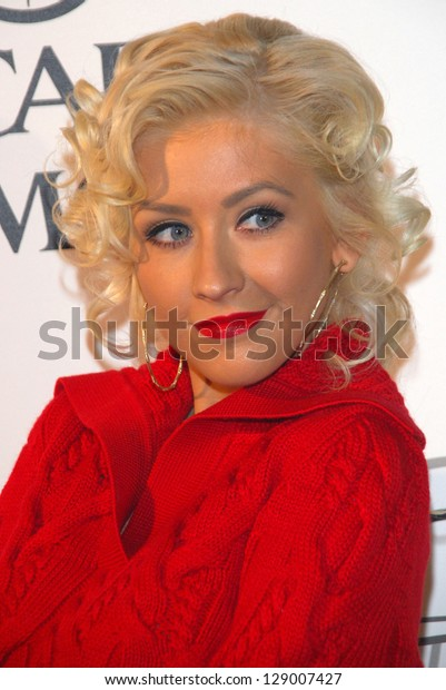 """LOS ANGELES - SEPTEMBER 19: Christina Aguilera at the album release party for Justin Timberlake's new album """"Futuresex/Lovesounds"""" at Miauhaus Studios September 19, 2006 in Los Angeles."""