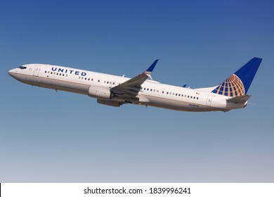 Los Angeles, USA - 20. February 2016: United Airlines Boeing 737-900 at Los Angeles airport (LAX) in the USA. Boeing is an aircraft manufacturer based in Seattle, Washington.