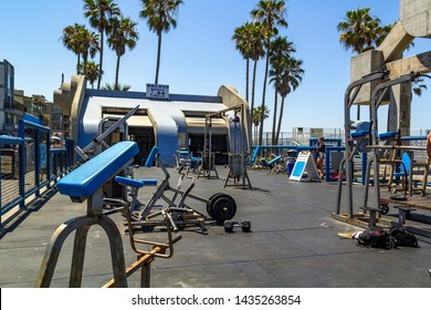 LOS ANGELES, USA - JULY 06, 2018, Muscle Beach gym on Venice Beach, is open-air, people train in the gym, dating back to the 1930's, where many celebrities and famous bodybuilders trained.