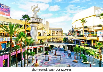 Los Angeles, USA - October 7, 2017 : View of the Hollywood & Highland Center next to Dolby Theatre and TCL Chinese Theatre in the Hollywood district in Los Angeles on October 7, 2017.