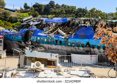 """LOS ANGELES, USA - SEP 27, 2015: Plane crash set for the """"War of the Worlds"""" with Tom Cruise in Universal Studios, Hollywood"""