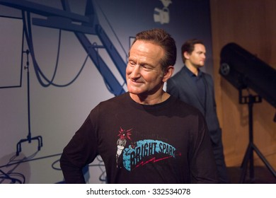 LOS ANGELES, USA - SEP 28, 2015: Robin Williams in the Madame Tussauds Hollywood wax museum. Marie Tussaud was born as Marie Grosholtz in 1761