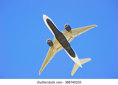 LOS ANGELES/CALIFORNIA - MARCH 9, 2016: Commercial passenger jet approaching Los Angeles International Airport for a landing, Los Angeles, California USA