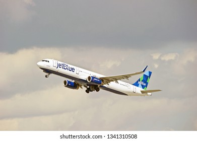 LOS ANGELES/CALIFORNIA - MARCH 9, 2019: JetBlue Airbus 321 aircraft is airborne as it departs Los Angeles International Airport. Los Angeles, California USA