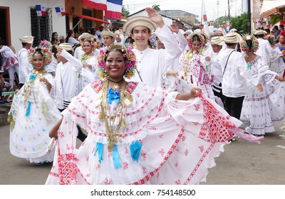 LOS SANTOS-PANAMA, 2017:  Folklore dancers in the streets of Los Santos celaebratin the separation of Panama from Colombia anniversary