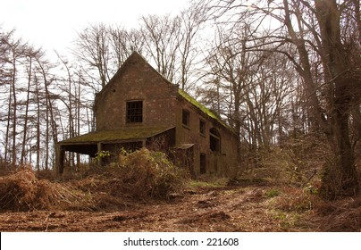 A lost  building in the woods. Haunted?
