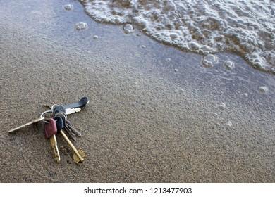 lost keys on the lake