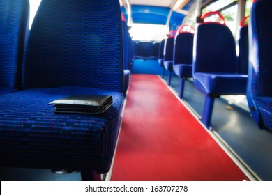 Lost wallet in the bus