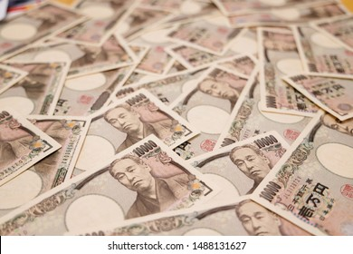 Lots of Japanese money laid down/Money is a 10,000 yen bill in Japan