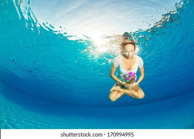lotus posture underwater